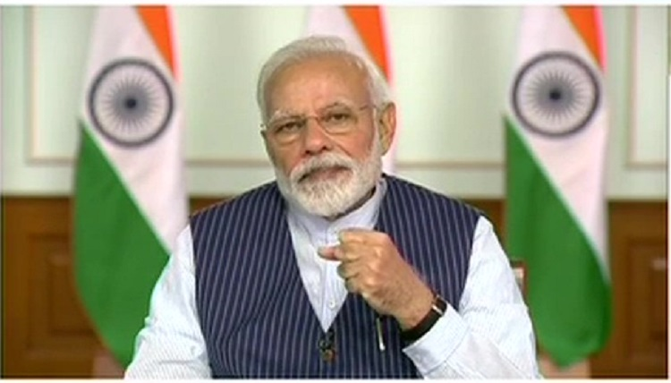 pm modi on video call with sports person